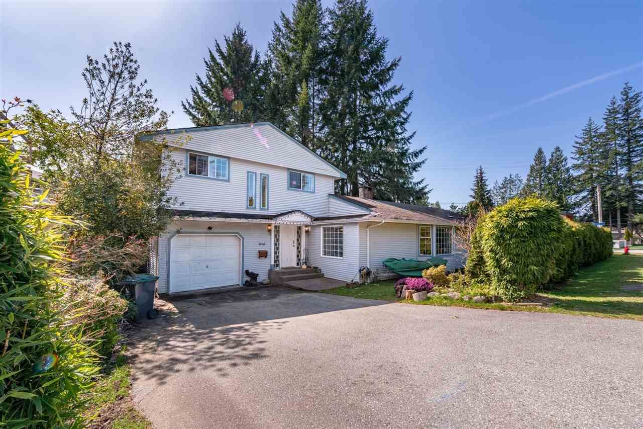 Main Photo: 1069 MONTROYAL Boulevard in North Vancouver: Canyon Heights NV House for sale : MLS®# R2563450