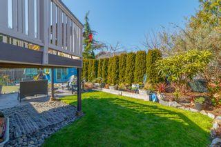 Photo 34: 2060 Townley St in : OB Henderson House for sale (Oak Bay)  : MLS®# 873106