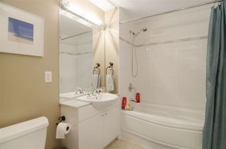 """Photo 17: 502 138 E ESPLANADE in North Vancouver: Lower Lonsdale Condo for sale in """"Premier at the Pier"""" : MLS®# R2108976"""