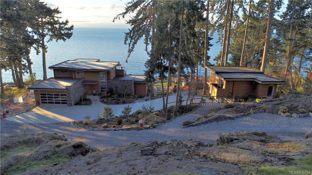 Main Photo: 7703 West Coast Rd in : Sk West Coast Rd House for sale (Sooke)  : MLS®# 836754