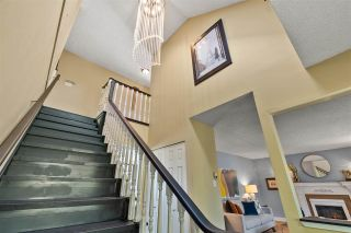 Photo 3: 5660 SANDIFORD Place in Richmond: Steveston North House for sale : MLS®# R2575730