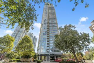 Photo 1: 3002 4880 BENNETT Street in Burnaby: Metrotown Condo for sale (Burnaby South)  : MLS®# R2620679