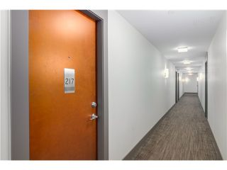 """Photo 4: 217 221 UNION Street in Vancouver: Mount Pleasant VE Condo for sale in """"V6A"""" (Vancouver East)  : MLS®# V1073041"""