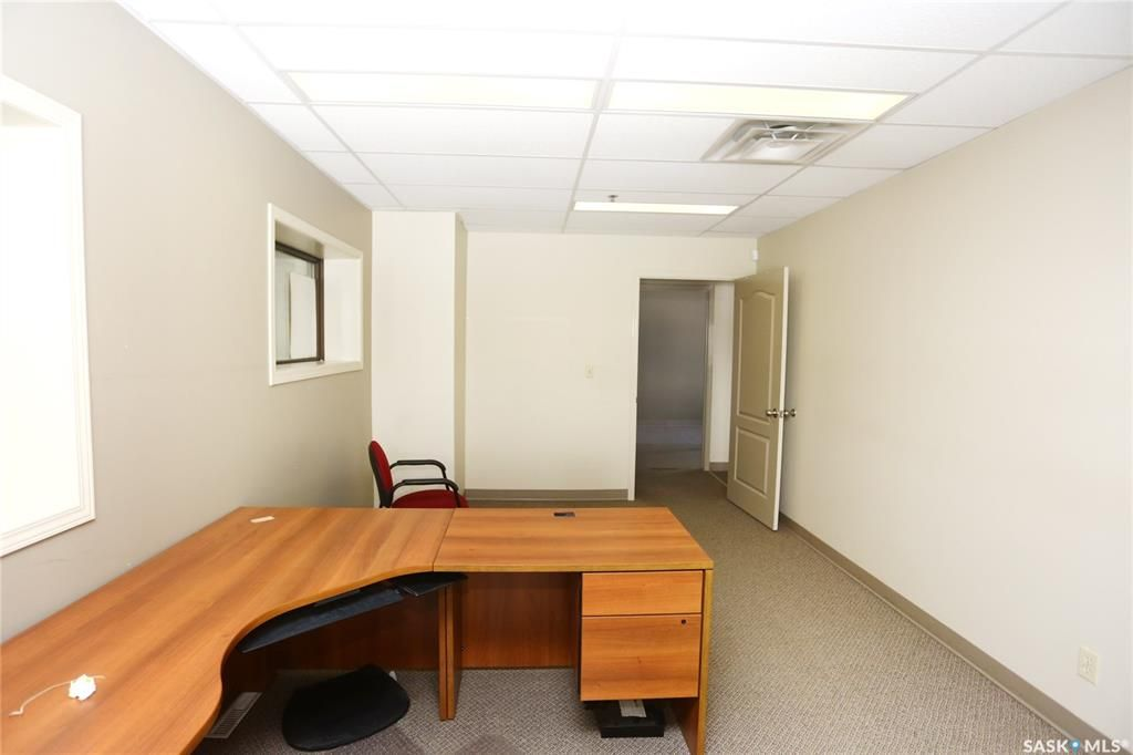 Photo 18: Photos: 2215 Faithfull Avenue in Saskatoon: North Industrial SA Commercial for sale : MLS®# SK852914