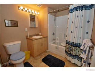 Photo 9: 403 Regent Avenue in WINNIPEG: Transcona Condominium for sale (North East Winnipeg)  : MLS®# 1526649