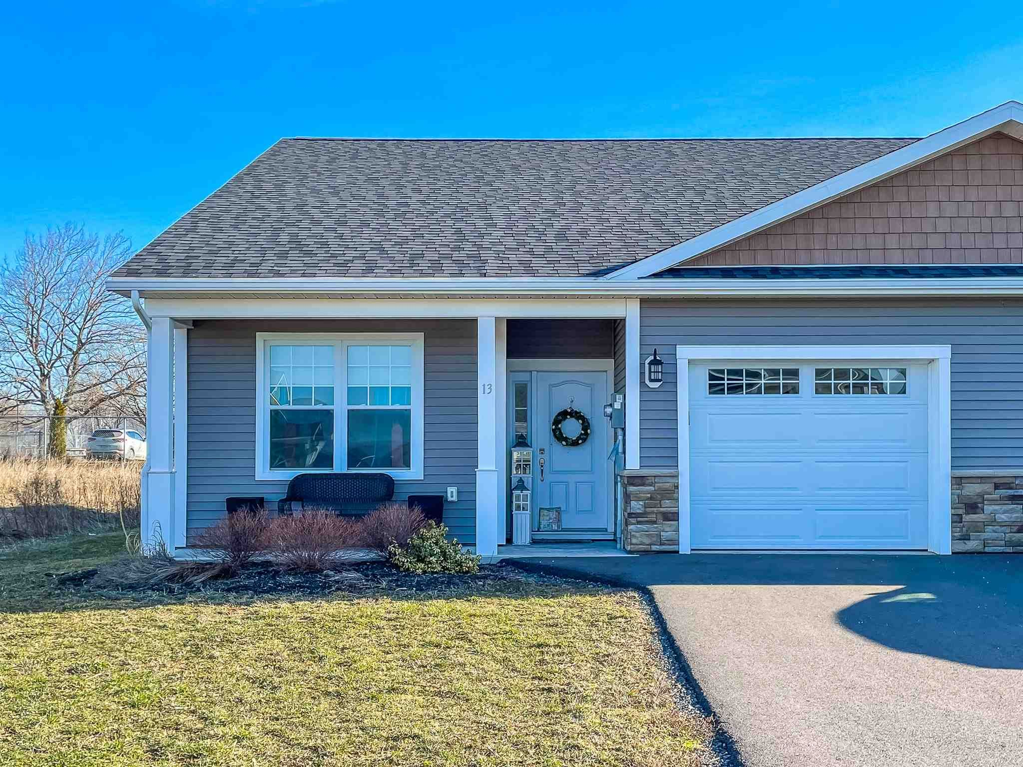 Main Photo: 13 Mackinnon Court in Kentville: 404-Kings County Residential for sale (Annapolis Valley)  : MLS®# 202107288