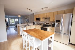 """Photo 8: 27 20761 DUNCAN Way in Langley: Langley City Townhouse for sale in """"WYNDHAM III"""" : MLS®# R2140756"""