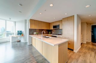 """Photo 2: 1506 3093 WINDSOR Gate in Coquitlam: New Horizons Condo for sale in """"The Windsor by Polygon"""" : MLS®# R2620096"""