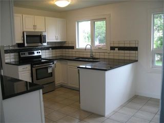 Photo 5: 1832 76 Avenue SE in Calgary: Lynnwood_Riverglen House for sale : MLS®# C4026805