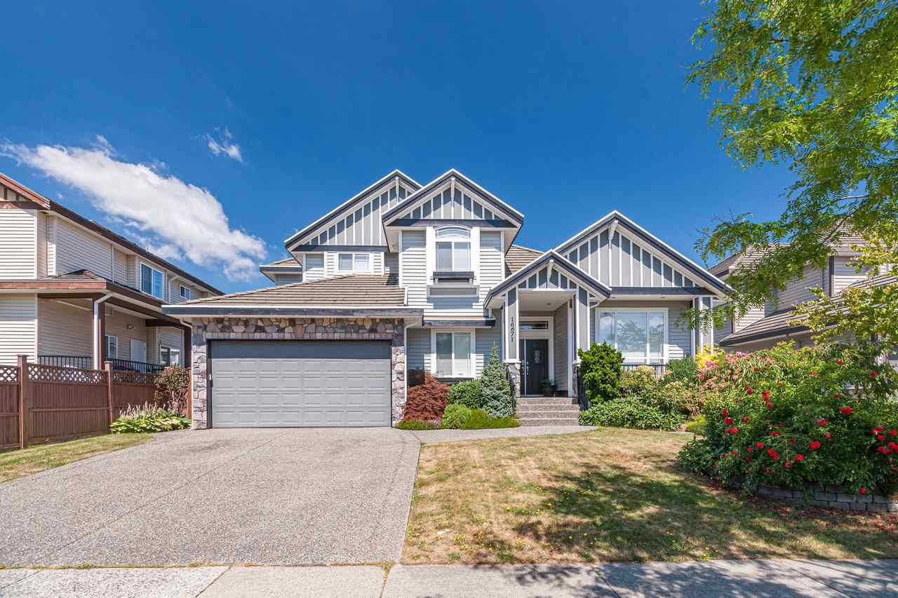 Main Photo: 16671 63 Avenue in Surrey: Cloverdale BC House for sale (Cloverdale)  : MLS®# R2485260