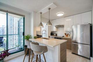 Photo 3: 1104 939 HOMER Street in Vancouver: Yaletown Condo for sale (Vancouver West)  : MLS®# R2614282