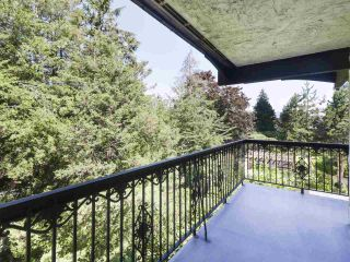 "Photo 2: 302 625 HAMILTON Street in New Westminster: Uptown NW Condo for sale in ""CASA DEL SOL"" : MLS®# R2478937"