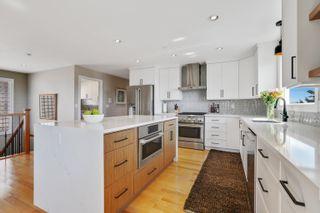 Photo 6: 948 KENT Street: White Rock House for sale (South Surrey White Rock)  : MLS®# R2615798
