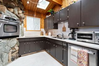 Photo 20: 2384 Forest Drive, in Blind Bay: House for sale : MLS®# 10240077