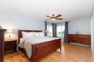 Photo 11: 2209 TURNBERRY Lane in Coquitlam: Home for sale : MLS®# R2305924