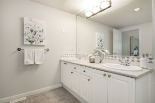 """Photo 26: 21 1550 LARKHALL Crescent in North Vancouver: Northlands Townhouse for sale in """"Nahanee Woods"""" : MLS®# R2549850"""