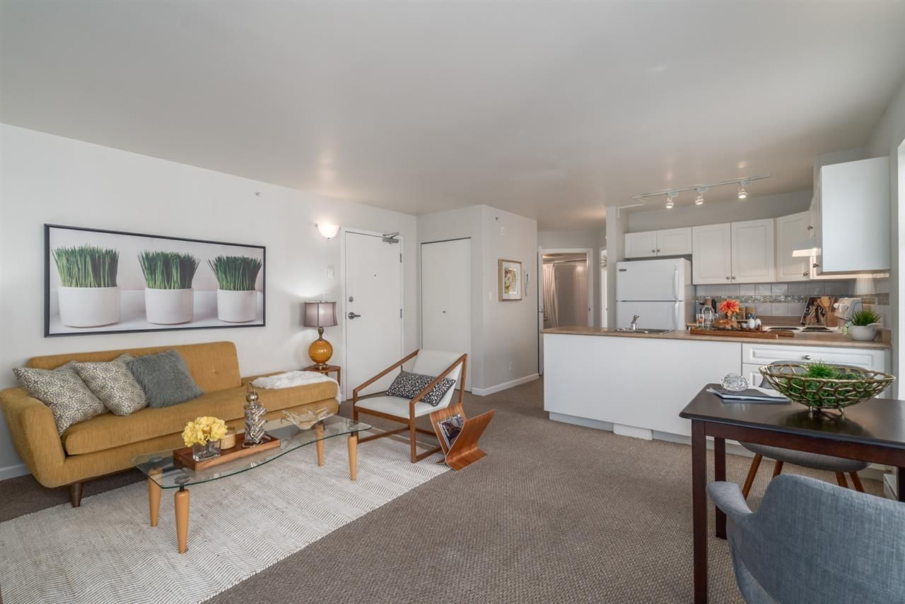 """Main Photo: 401 663 GORE Avenue in Vancouver: Mount Pleasant VE Condo for sale in """"THE STRATHCONA EDGE"""" (Vancouver East)  : MLS®# R2164509"""