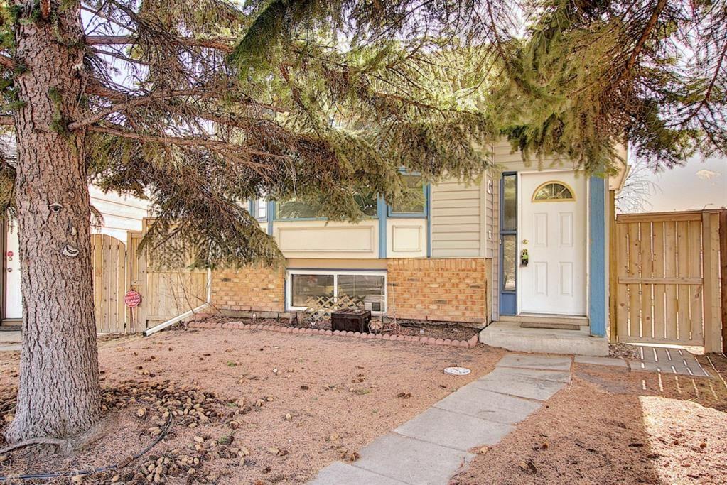 Main Photo: 35 Sunvale Court SE in Calgary: Sundance Detached for sale : MLS®# A1089763