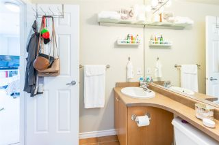 """Photo 16: 1105 680 CLARKSON Street in New Westminster: Downtown NW Condo for sale in """"THE CLARKSON"""" : MLS®# R2409786"""