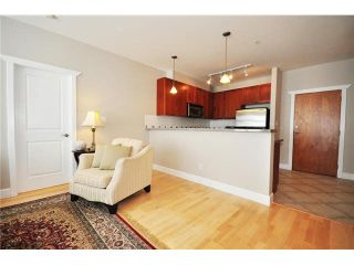 """Photo 4: 136 4280 MONCTON Street in Richmond: Steveston South Condo for sale in """"THE VILLAGE AT IMPERIAL LANDING"""" : MLS®# V1067463"""