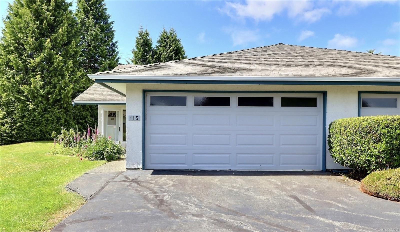 Main Photo: 115 2600 Ferguson Rd in : CS Turgoose Row/Townhouse for sale (Central Saanich)  : MLS®# 878900