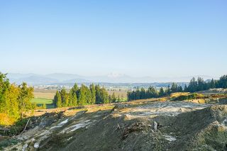 Photo 12: 31050 HARRIS Road in Abbotsford: Bradner House for sale : MLS®# R2603934