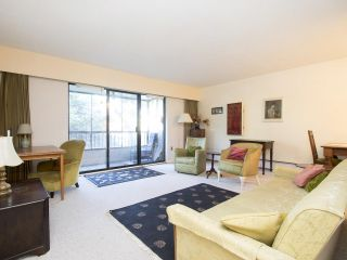 """Photo 3: 113 3787 W 4TH Avenue in Vancouver: Point Grey Condo for sale in """"Andrea Apartments"""" (Vancouver West)  : MLS®# R2085313"""