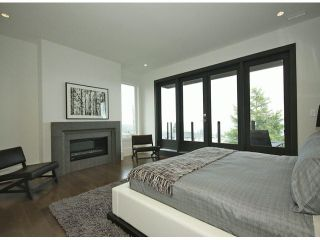 Photo 5: 15639 Cliff Avenue: White Rock House for sale (South Surrey White Rock)