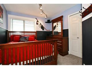 """Photo 12: 21510 83B Avenue in Langley: Walnut Grove House for sale in """"Forest Hills"""" : MLS®# F1442407"""