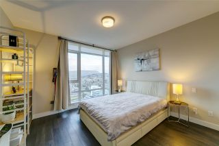 """Photo 8: 3702 2008 ROSSER Avenue in Burnaby: Brentwood Park Condo for sale in """"Stratus at Solo District"""" (Burnaby North)  : MLS®# R2426460"""