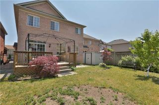 Photo 11: 1013 Sprucedale Lane in Milton: Dempsey House (2-Storey) for sale : MLS®# W3551652