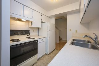 """Photo 8: 3438 COPELAND Avenue in Vancouver: Champlain Heights Townhouse for sale in """"COPELAND AVE"""" (Vancouver East)  : MLS®# R2525749"""