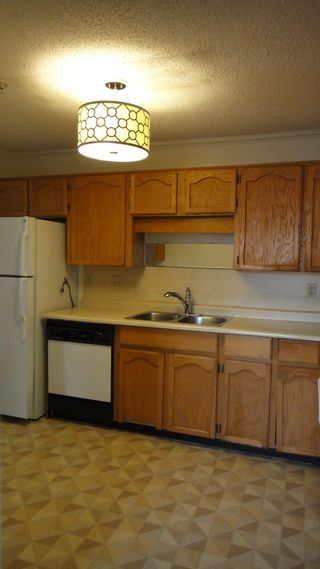 """Photo 14: 218 31850 UNION Avenue in Abbotsford: Abbotsford West Condo for sale in """"FERNWOOD MANOR"""" : MLS®# R2625573"""
