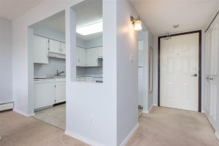 """Photo 3: 318 31955 W OLD YALE Road in Abbotsford: Abbotsford West Condo for sale in """"Evergreen Village"""" : MLS®# R2592648"""