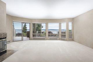 "Photo 19: 205 2471 BELLEVUE Avenue in West Vancouver: Dundarave Condo for sale in ""OCEAN PARK"" : MLS®# R2497466"