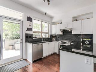 Photo 8: 764 E 29TH AVENUE in Vancouver: Fraser VE Townhouse for sale (Vancouver East)  : MLS®# R2142203