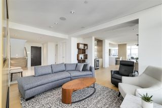 """Photo 7: PH3603 688 ABBOTT Street in Vancouver: Downtown VW Condo for sale in """"Firenze II."""" (Vancouver West)  : MLS®# R2535414"""