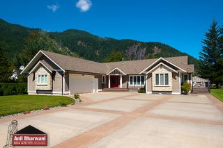 Photo 3: 6293 GOLF Road: Agassiz House for sale : MLS®# R2486291