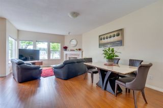 Photo 3: 6 14788 105A Avenue in Surrey: Guildford Townhouse for sale : MLS®# R2493303