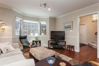 """Photo 10: 3 1620 148 Street in Surrey: Sunnyside Park Surrey Townhouse for sale in """"ENGLESEA COURT"""" (South Surrey White Rock)  : MLS®# R2429994"""