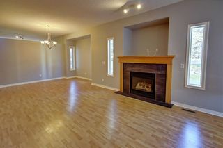 Photo 8: 3 SCIMITAR Rise NW in Calgary: Scenic Acres Semi Detached for sale : MLS®# C4203805