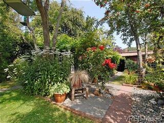 Photo 2: 1175 Hampshire Rd in VICTORIA: OB South Oak Bay House for sale (Oak Bay)  : MLS®# 584108