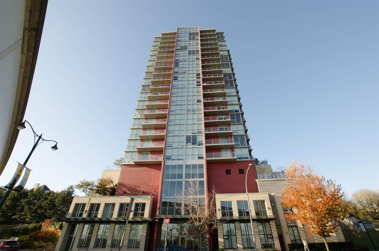 "Main Photo: 1906 125 COLUMBIA Street in New Westminster: Downtown NW Condo for sale in ""Northbank"" : MLS®# R2417525"
