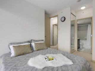 """Photo 12: 408 7368 SANDBORNE Avenue in Burnaby: South Slope Condo for sale in """"MAYFAIR 1"""" (Burnaby South)  : MLS®# R2380990"""