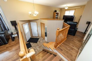 Photo 4: 15604 49 Street in Edmonton: Zone 03 House for sale : MLS®# E4235919