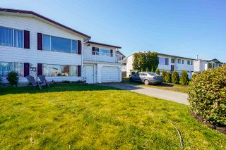 Photo 3: A 46520 ROLINDE Crescent in Chilliwack: Chilliwack E Young-Yale 1/2 Duplex for sale : MLS®# R2565387