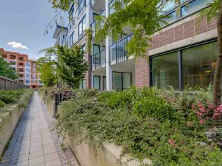 """Photo 11: 129 9333 TOMICKI Avenue in Richmond: West Cambie Condo for sale in """"OMEGA"""" : MLS®# R2075088"""