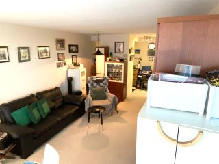 """Photo 9: 1101 10899 UNIVERSITY Drive in Surrey: Whalley Condo for sale in """"THE OBSERVATORY"""" (North Surrey)  : MLS®# R2570183"""