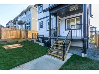 Photo 2: 36051 EMILY CARR Green in Abbotsford: Abbotsford East House for sale : MLS®# R2227849