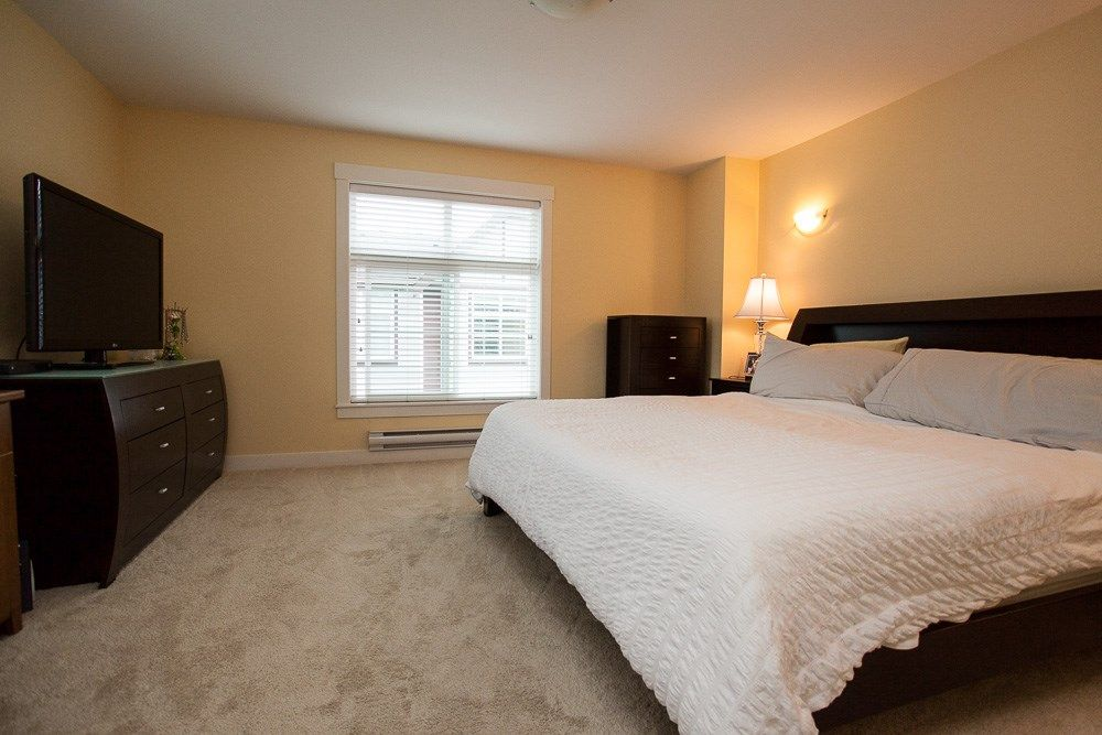 "Photo 14: Photos: 7 9405 121 Street in Surrey: Queen Mary Park Surrey Townhouse for sale in ""Redleaf Crescent"" : MLS®# R2154591"